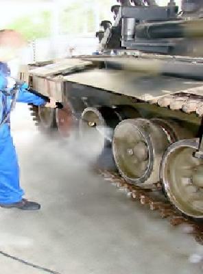 Proces mycia i dezynfekcji podwozia pojazdów gąsienicowych