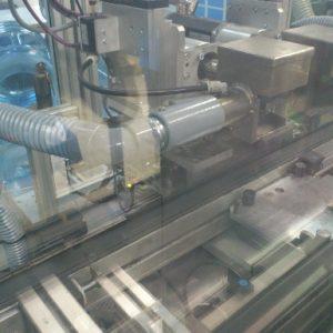 Odpylanie podczas procesu zautomatyzowanego montażu podzespołów